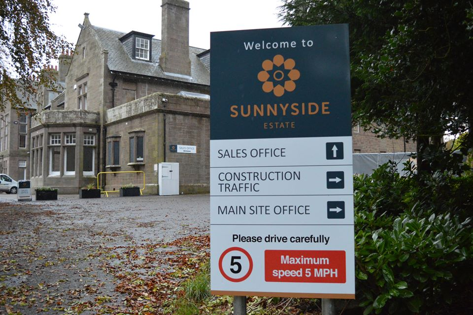 Sunnyside Sign Design