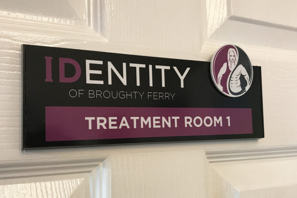 Identity of Broughty Ferry room sign