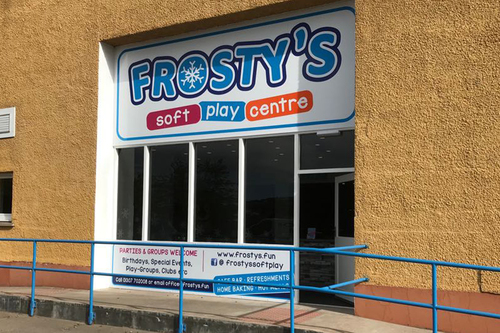 frostys play centre entrance