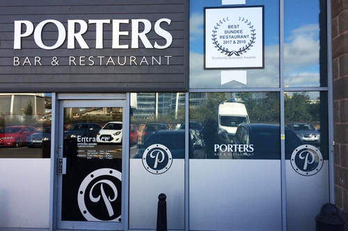 Porters Bar & Restaurant signage