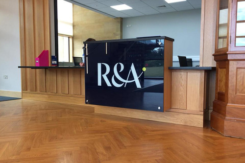 r and a signage