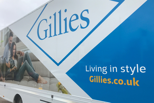 Livery work on lorry for Gillies