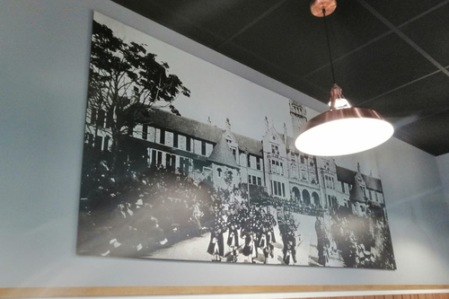 canva for crema restaurant