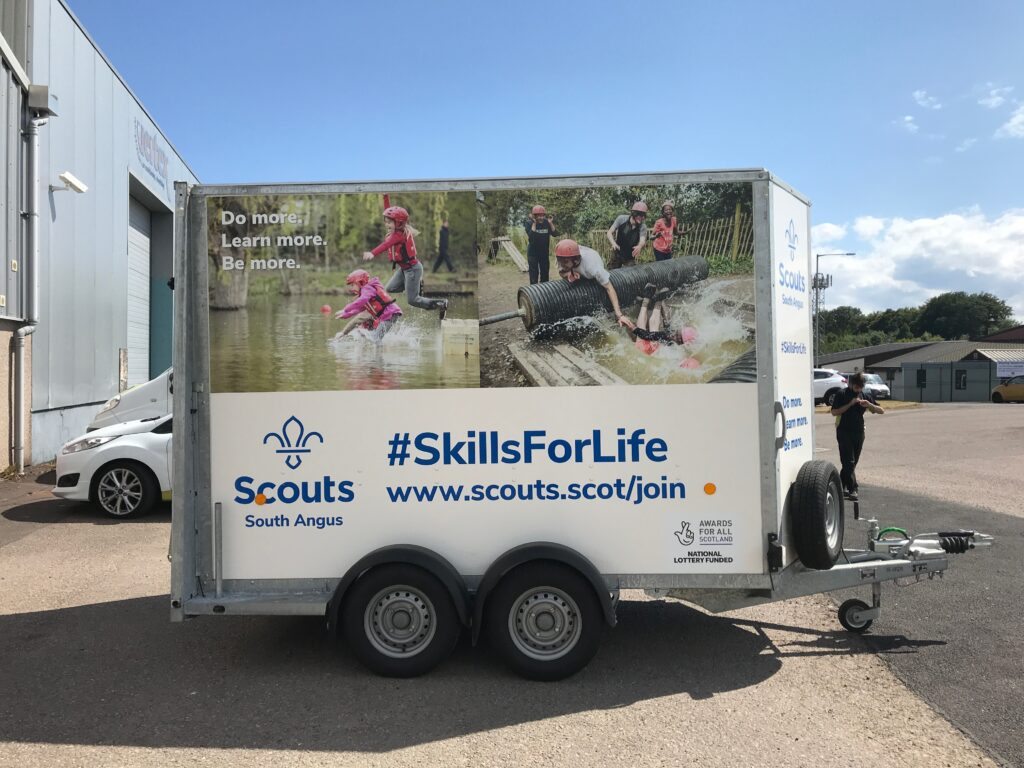 Scouts livery work by Keillor