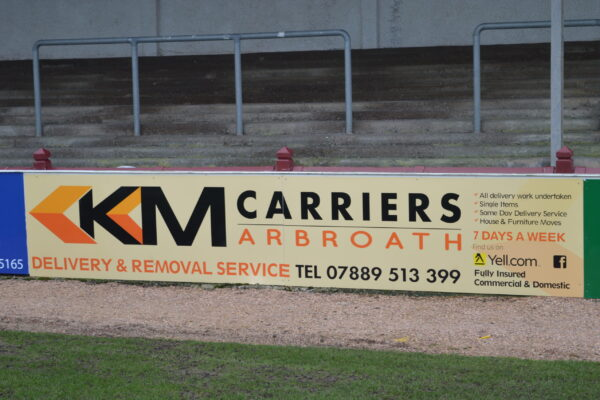 KM Carriers removal service sign at Gayfield